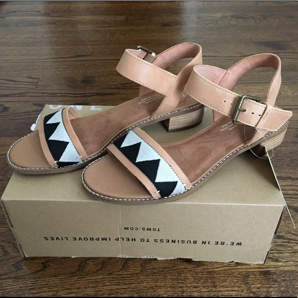 8a5b92b828e New Toms Camilia Honey Leather Tribal Sandals